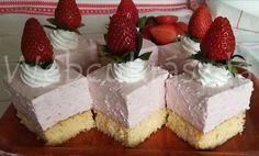 Túrós linzer (ebből az alapanyagból zserbót is lehet készíteni) Cheesecake, Cooking Recipes, Sweets, Desserts, Food, Kitchen, Tailgate Desserts, Deserts, Cooking