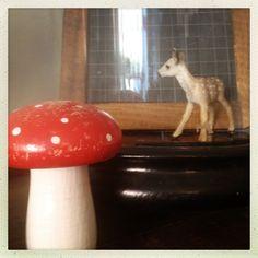 http://www.petiteviolette.com/shop/wp-content/uploads/2012/07/shop_tour_40.jpg