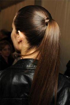 .5 PENTEADOS SIMPLES PARA DIVERSAS OCASIÕES http://superela.com/2014/08/24/5-penteados-simples-para-diversas-ocasioes/