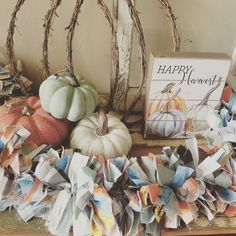 Fall Garland, Color Combinations, Your Favorite, Fall Decor, Table Decorations, Colors, Instagram, Color Combos, Colour Combinations