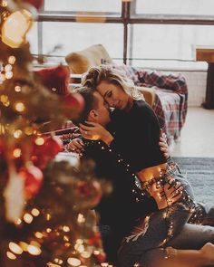 Cute Couples Photos, Cute Couples Goals, Couples In Love, Couple Pictures, Xmas Photos, Winter Photos, Couple Photography Poses, Family Photography, New Year Photoshoot