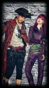 mal x harry descendants - Google Search Descendants 2, Punk, Google Search, Disney, Style, Fashion, Swag, Moda, Fashion Styles