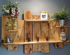 Building Pallet Wall Shelves with DIY Ideas - Sensod - Create. Brand Holzbearbeitung , Building Pallet Wall Shelves with DIY Ideas - Sensod - Create. Brand Building Pallet Wall Shelves with DIY Ideas - Sensod - Create. Wood Pallet Recycling, Wooden Pallet Projects, Pallet Crafts, Recycled Pallets, Diy Pallet Furniture, Wood Pallets, Diy Projects, Repurposed Wood, Diy With Pallets