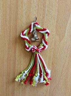Ply Splitting - Christmas Tree Decoration Christmas Tree Decorations, Christmas Ornaments, Holiday Decor, Beading, Design, Home Decor, Beads, Decoration Home, Room Decor
