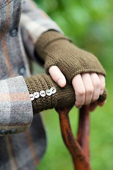 Pattern for fingerless gloves - so satisfying to own a pair of gloves you made yourself.