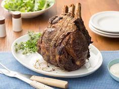 Standing Rib Roast Recipe (Ina Garten via Food Network) Rib Roast Recipe, Roast Recipes, Cooking Recipes, Ham Recipes, Cooking Fish, Cooking Steak, Cooking Salmon, Cooking Turkey, Pudding Recipes