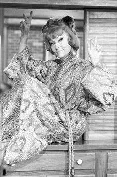 agnes moorehead in bewitched -  she always wore the most stylish fashion!  Way ahead of her time - outstanding outfits on the show, the best dressed.