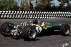 Jim Clark at the Mexican Grand Prix 1967