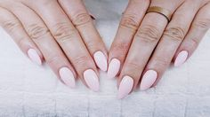 """12 Synes godt om, 4 kommentarer – Box of beauty (@boxofbeautydk) på Instagram: """"#painted #professional #design #amazing #colorworld #love #creative #paint #cute #fun #fashion…"""" Round Shaped Nails, Instagram, Amazing, Creative, Pretty, Fun, Design, Painting, Beauty"""