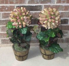 Wine cork topiary... possible project for my sister's lake house - wine-themed decor...