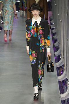 Défilé Gucci prêt-à-porter femme automne-hiver 2017-2018 38
