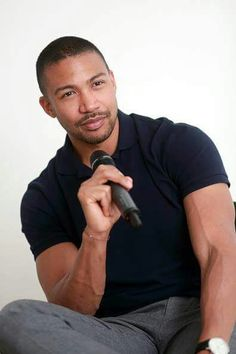 Charles Michael Davis at Bloody Night Con in Brussels, Belgium (May 2016)