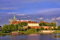 TripBucket - We want You to DREAM BIG! | Dream: Visit Wawel Castle, Krakow, Poland