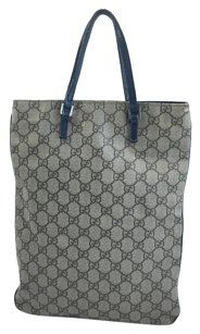 b896f7f29ca Gucci on Sale - Up to 70% off at Tradesy (Page 11)