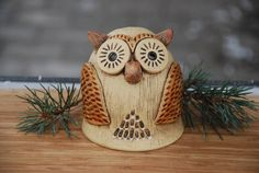 Straw Bag, Christmas Ornaments, Holiday Decor, Owls, Barn Owls, Artists, Products, Animaux, Feathers