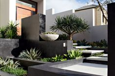 Simple Modern Landscape Design that Landscape Gardening Risk Assessments down Landscape Gardening Jobs; Landscape Gardening Insurance each Modern Landscape Design Atlanta Home And Garden, Cool Landscapes, Garden Design, Easy Landscaping, Small Terrace, Front Yard, Modern Landscaping