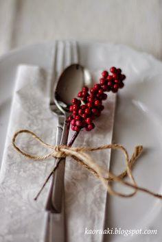 christmas table Tablescapes, Magic, Winter, Red, Christmas, Napkin, Restaurants, Sweet Treats, Xmas