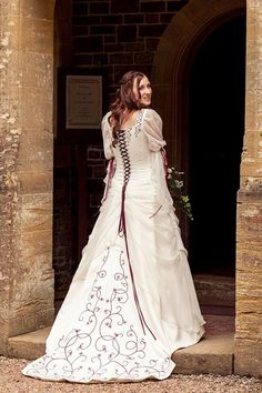 saw this on Rivendell Bridal