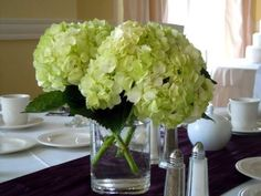 wedding-reception-green-hydrangea-centerpiece
