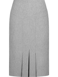 Grey work skirt with simple pleated back Blouse And Skirt, Dress Skirt, Work Skirts, Dresses For Work, Trendy Dresses, Fashion Dresses, Sewing Blouses, Mom Dress, Professional Dresses