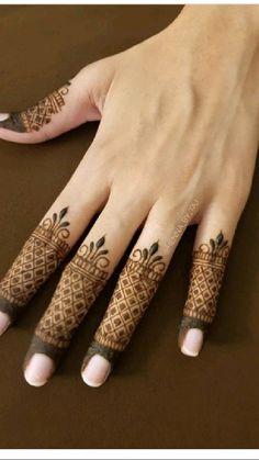 Simple Mehndi Designs Fingers, Latest Finger Mehndi Designs, Full Hand Mehndi Designs, Mehndi Designs For Beginners, Fingers Design, Mehndi Designs For Hands, Mehandi Designs, Cool Henna, Henna Tattoo Designs Simple