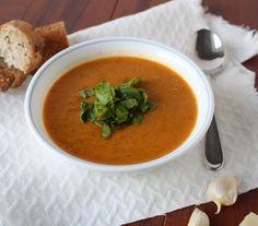 Carrot & Garlic Soup #MeatlessMonday