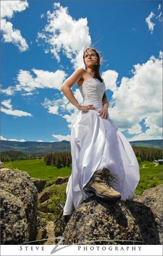 Sport the Dress Bridal Fashion – Hiking Colorado Mountains   Boulder Photographer