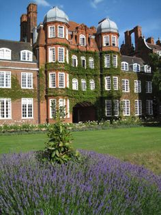 Newnham College, Cambridge.