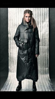 Фотография Fashion Wear, Womens Fashion, Winter Mode, Down Coat, Sweater Coats, Jacket Style, Nylons, Winter Outfits, Winter Fashion