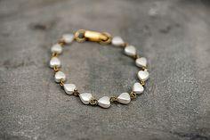 Wristbands – Vintage pearl heart bracelet. – a unique product by VillaSorgenfrei on DaWanda