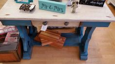 This gorgeous desk was just $199, now it's $99!! #thatoneplace #everythingunique #junkinjoplin