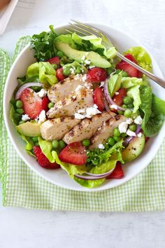 Grilled Chicken-and-Strawberry Cobb Salad