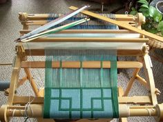 Intermediate Weaving: Using a second heddle, exploring double weave — Madison Wool Weaving Yarn, Tablet Weaving, Weaving Textiles, Tapestry Weaving, Hand Weaving, Weaving Designs, Weaving Projects, Weaving Patterns, Cricket Loom
