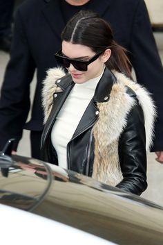 Kendall Jenner's first row pants are totally unexpected (but pleasantly so!)