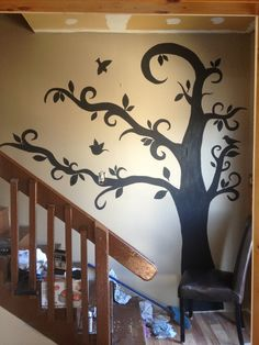 Tree painted on friend wall