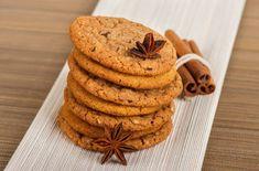 Buy Cookies by Jasmina_K on PhotoDune. A stack of chocolate chip cookies and cinnamon Cereal Recipes, Cookie Recipes, Dessert Recipes, Dessert Food, Crunchy Cookies Recipe, Cookies Et Biscuits, Tray Bakes, Chocolate Chip Cookies, Food Print