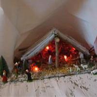 Krippe aus Holz und Steinen Weihnachtsdeko: Krippe