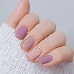 u as color pastel 15 Dise os de u as color pastel Pastel nails Nail designs Nail styles Nail colors Trendy Nails, Cute Nails, Nail Art Vernis, Glitter Nail Art, White Glitter, Nagel Gel, Nail Decorations, Nail Polish Colors, Cute Nail Colors