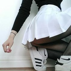 "326 Me gusta, 5 comentarios - 25i (@eshop25i) en Instagram: ""Skirt American beauty con franjas Talles del XS al XXL #skirt #skirttennis #americanbeauty…"""