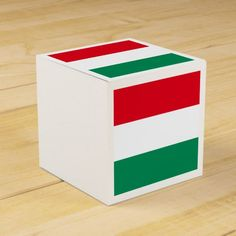 Flag of Hungary Favor Box Twin Birth Announcements, Birth Announcement Boy, Hungary Flag, Netherlands Flag, Gift Box Design, National Flag, Favor Boxes, Invitation Cards, Art For Kids