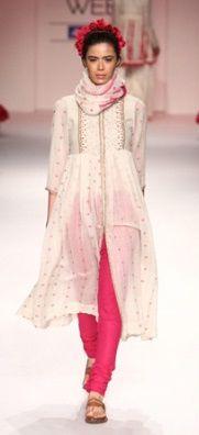 #ethnic #clothing  #ethnicwomenclothing  #Indian #EthnicDresses  #IndianEthnicFashion #IEF