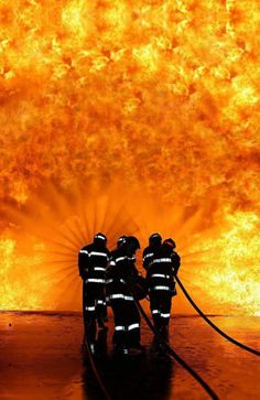 An amazing picture I fire fighters entering an inferno ! Soooo many fab pins about our heroes, the fire fighters. so decided to open new board for them. Fire Dept, Fire Department, Amazing Photography, Art Photography, Cool Pictures, Cool Photos, Free Photos, Powerful Pictures, Random Pictures
