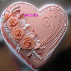 heart with roses cake