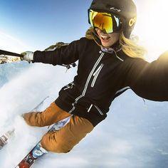 Resultado de imagen de skiing tumblr girl