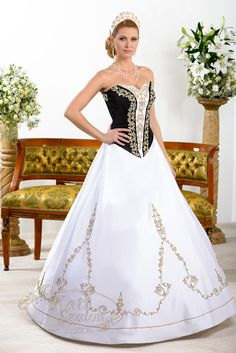 Wedding Attire, Wedding Gowns, Strapless Dress Formal, Formal Dresses, Beautiful Costumes, Folk Costume, Festival Outfits, Wedding Couples, Diy Clothes