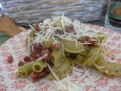Czary w kuchni- prosto, smacznie, spektakularnie.: Szybki pomysł na dziś- makaron bazyliowy z boczkim... Nasu, Pesto Pasta, Cabbage, Vegetables, Food, Pasta Al Pesto, Essen, Cabbages, Vegetable Recipes