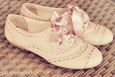 Cute satin lace-up Oxfords