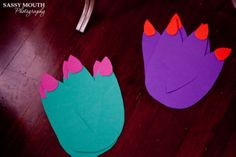 Dinosaur feet cut from fun foam Dinosaur Projects, Dinosaur Crafts, Dinosaur Art, Preschool Arts And Crafts, Fun Crafts For Kids, Art For Kids, Preschool Ideas, Toddler Art, Toddler Crafts