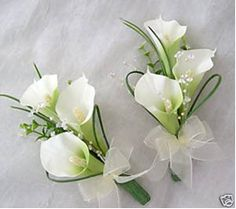 cala lily corsage- mothers and groomsmen