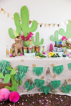 Viva Fiesta -- that gold piñata is everything!